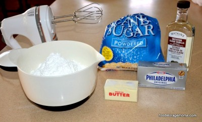 How To Make The Best Cream Cheese Frosting | by FoodStorageMoms.com