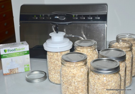 Ten Reasons Why You Should Buy And Store Oatmeal | by FoodStorageMoms.com