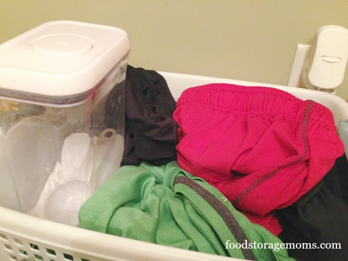 How To Stop Your Gym Clothes From Smelling Bad by FoodStorageMoms